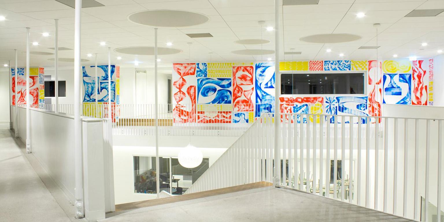 Kunstcollectie uitgebreid: typografische muurschildering Vincent de Boer